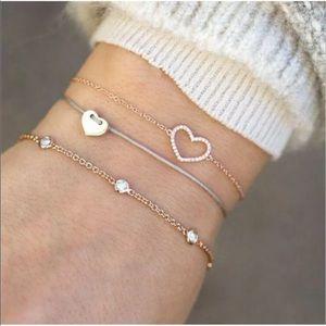 Jewelry - New Item✨ 3 pc Dainty Heart Bracelet Set 💕